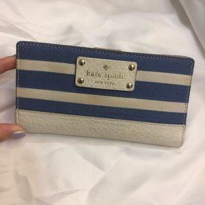 Kate Spade Bifold Button Wallet